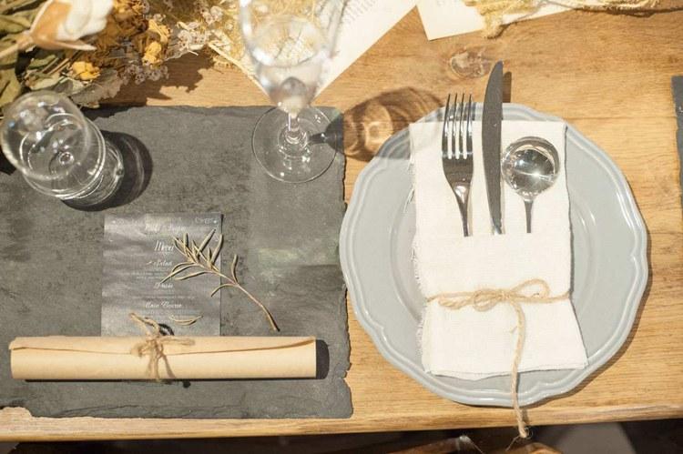 結婚式でのテーブルコーディネートはオリジナルでおしゃれに可愛く