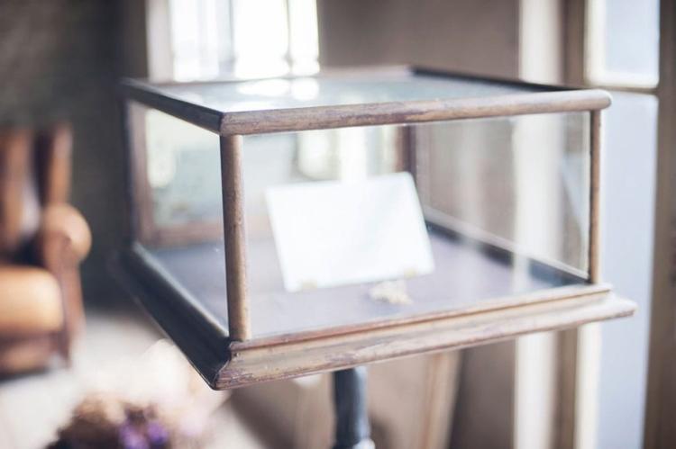 ガラスケースには二人の思い出をたくさん詰め込んで