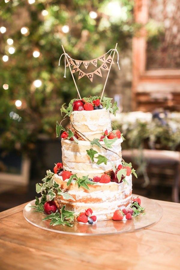 結婚式の電飾コディネートは披露宴をトータルコーディネート