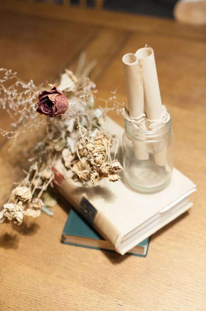 結婚式でもドライフラワーでおしゃれにテーブルコーディネート