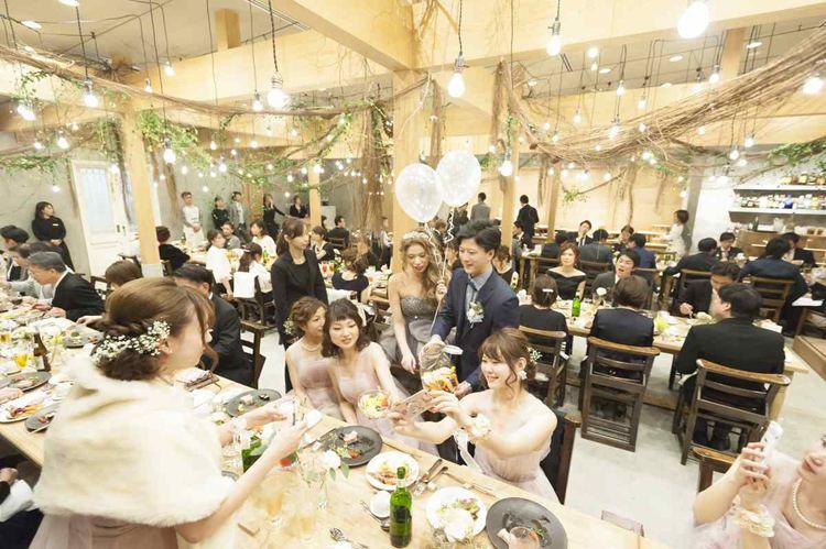 結婚式のバルーン装飾,ウエルカムスペースやテーブルラウンドでも活躍のバルーン